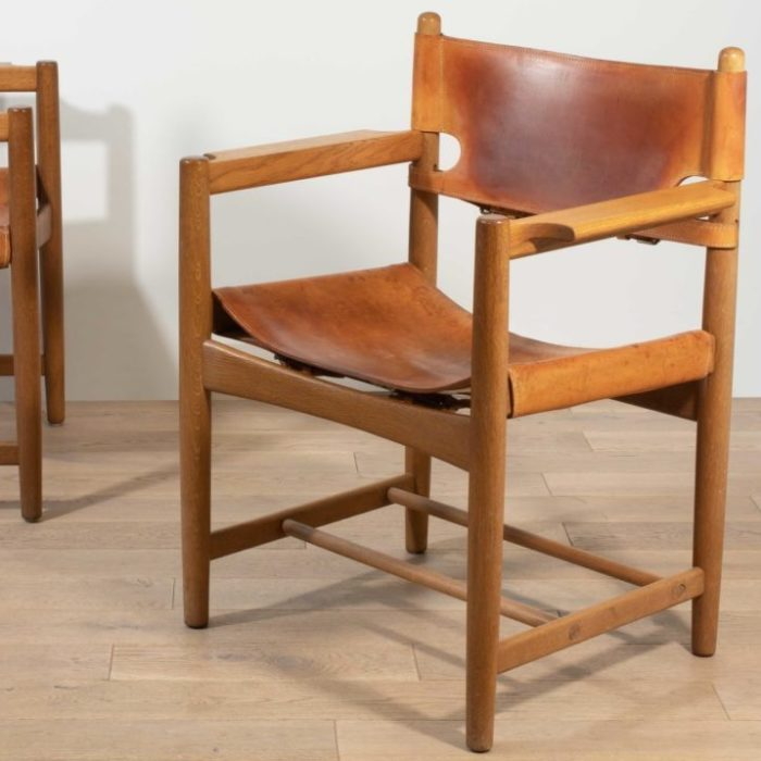 """Borge Mogensen chairs model 3238 """"Hunting Chairs"""" by Fredericia"""